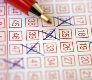 Gewinnzahlen und -quoten mit Lotto am Samstag